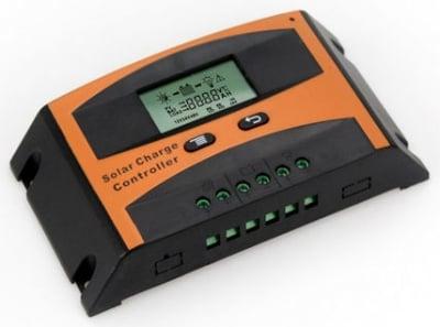 Контролер регулатор за соларни панели 12V-24V/ (20A) LD2420C