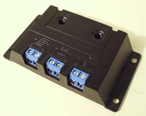 Контролер регулатор за соларни панели 12V/ (3A)