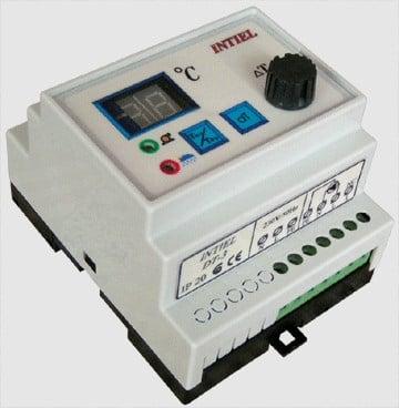 Диференциален термостат  DT-3 за слънчеви инсталации